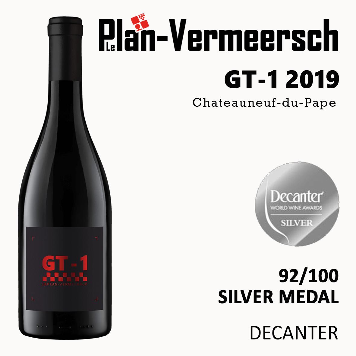 Bottle of wine chateauneuf du pape silver medal decanter Leplan-Vermeersch